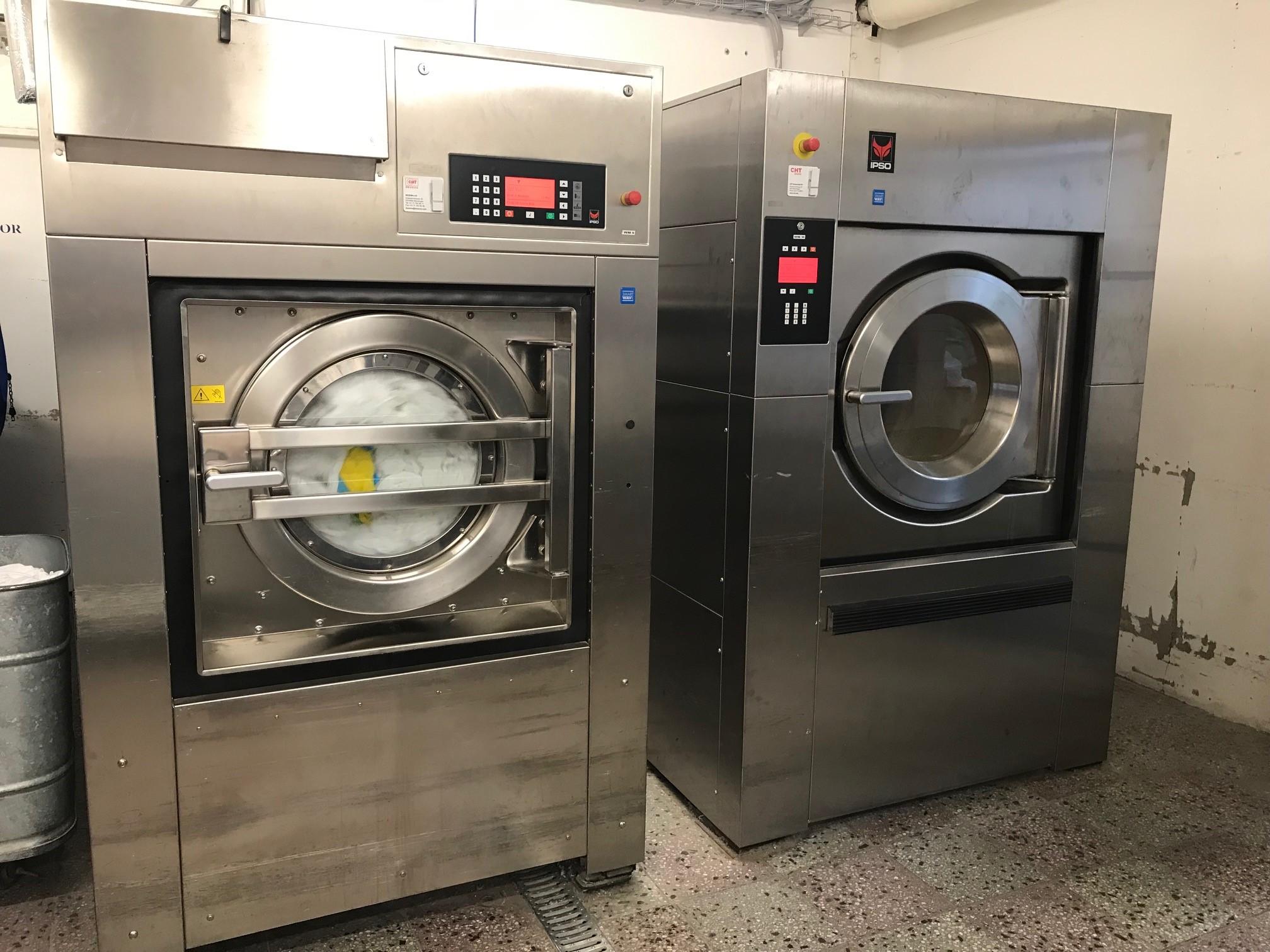 Prací stroje na 60 kg prádla